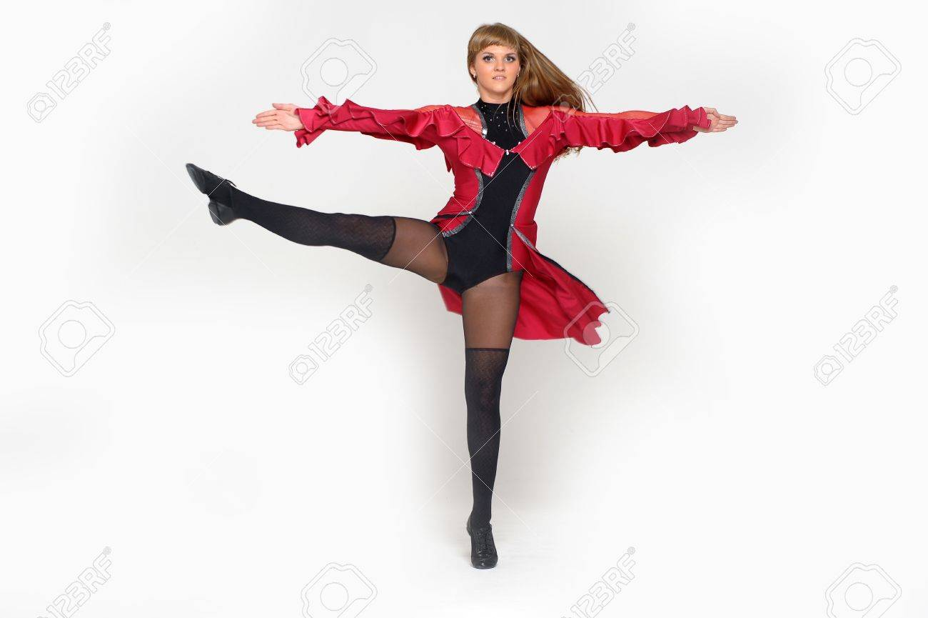 Jumping young dancer Stock Photo - 22002753