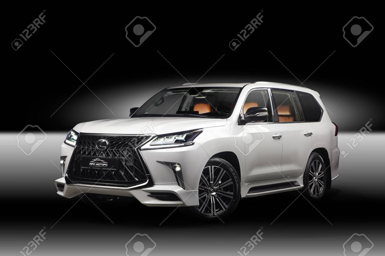 Novosibirsk Russia December 3 2017 Lexus 570 Side View Photography Stock Photo Picture And Royalty Free Image Image 103566183