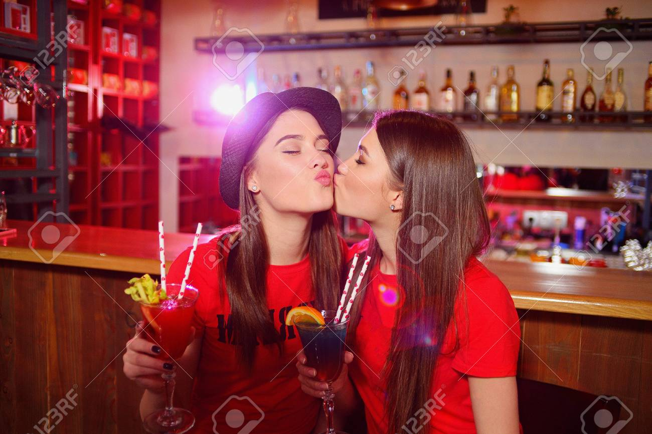Lesbian Kissing The Club