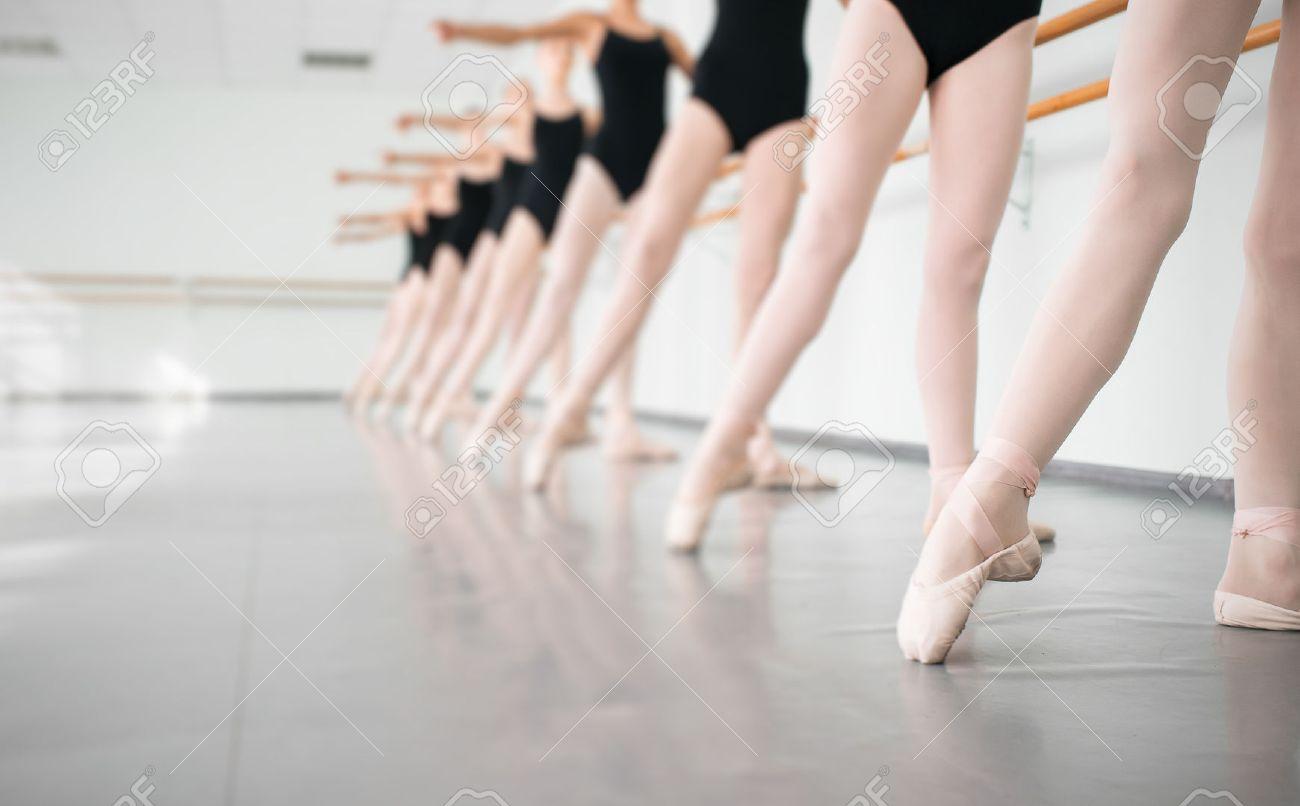 Extrêmement Ballerine Danza Classica Foto Royalty Free, Immagini, Immagini E  PX74