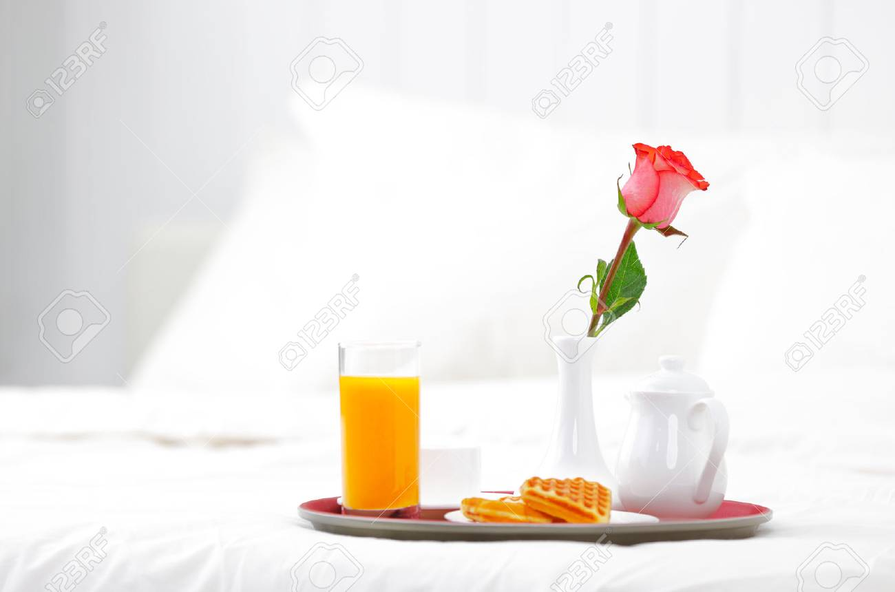 romantic breakfast in bed and flower rose - 51115001