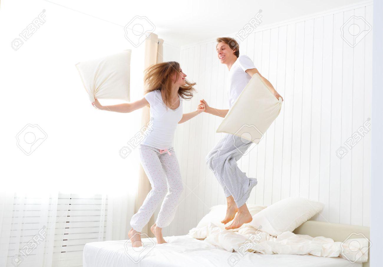 saltar en la cama para eliminar celulitis