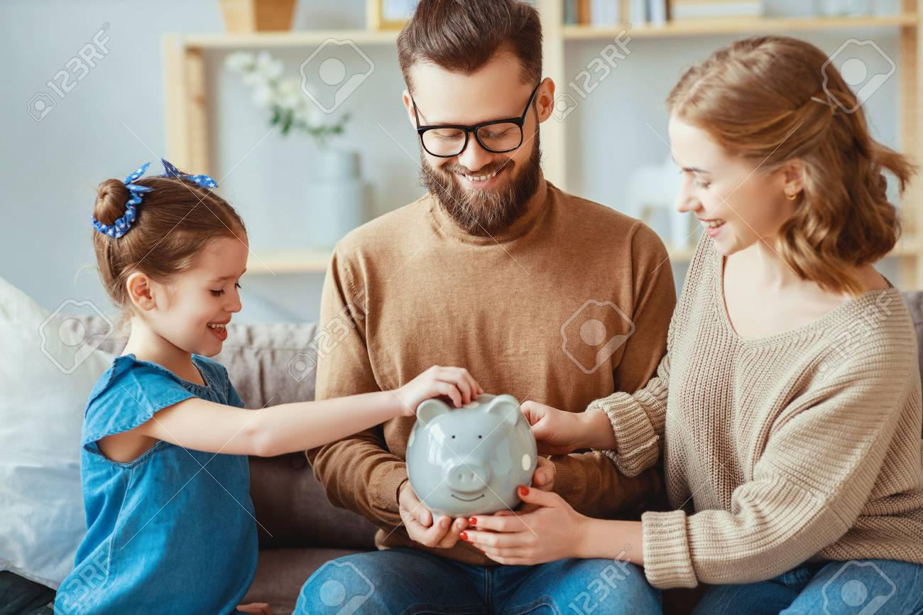 Family savings, budget planning, children's pocket money. Family with piggy bank moneybox - 123615979