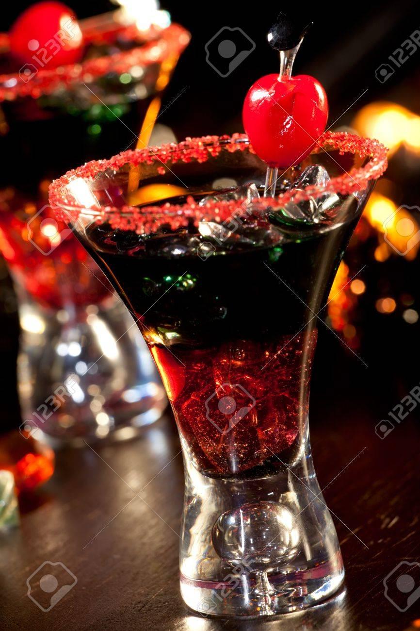 Closeup Des Teufels Blut Cocktail, Schwarz Wodka, Cranberry-Saft ...