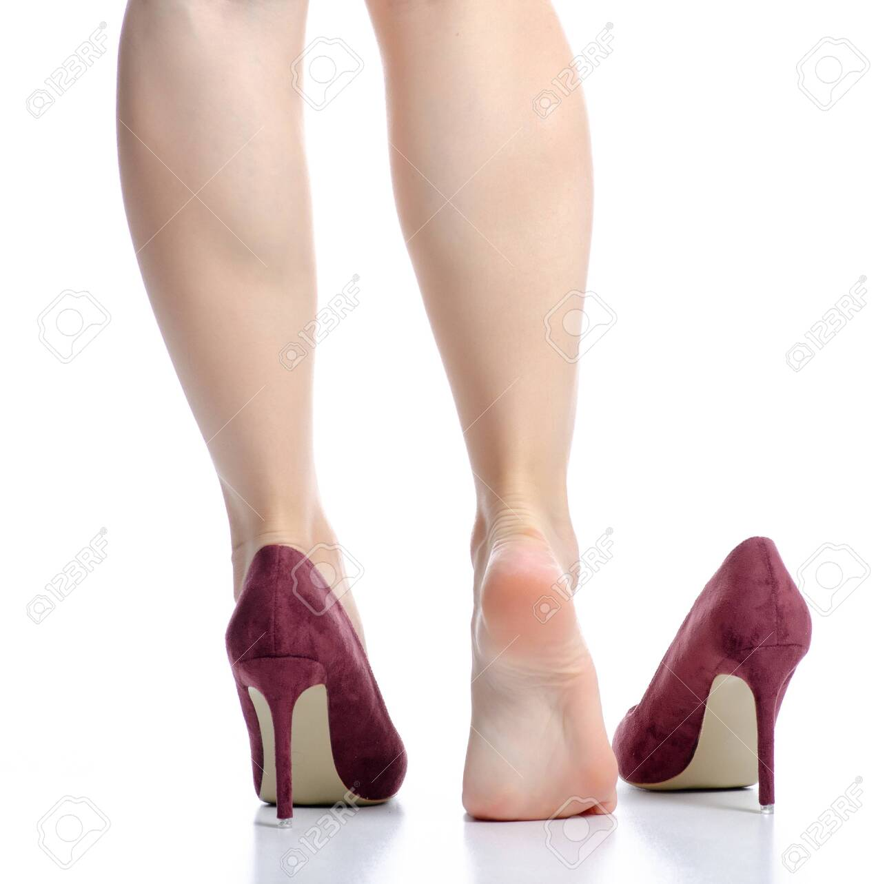 Female legs red high heels pain beauty - 143316600