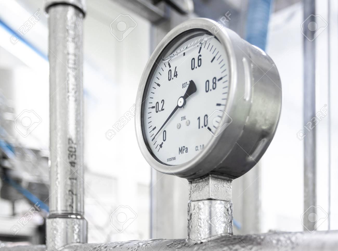 Industrial device of measurement of pressure - manometer - 118894018