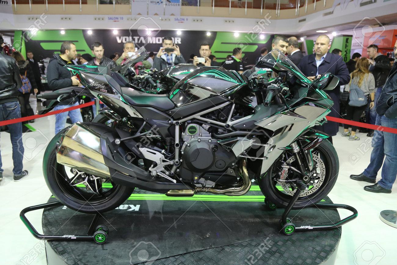 Istanbul Turkey February 25 2016 Kawasaki Ninja H2 On Display