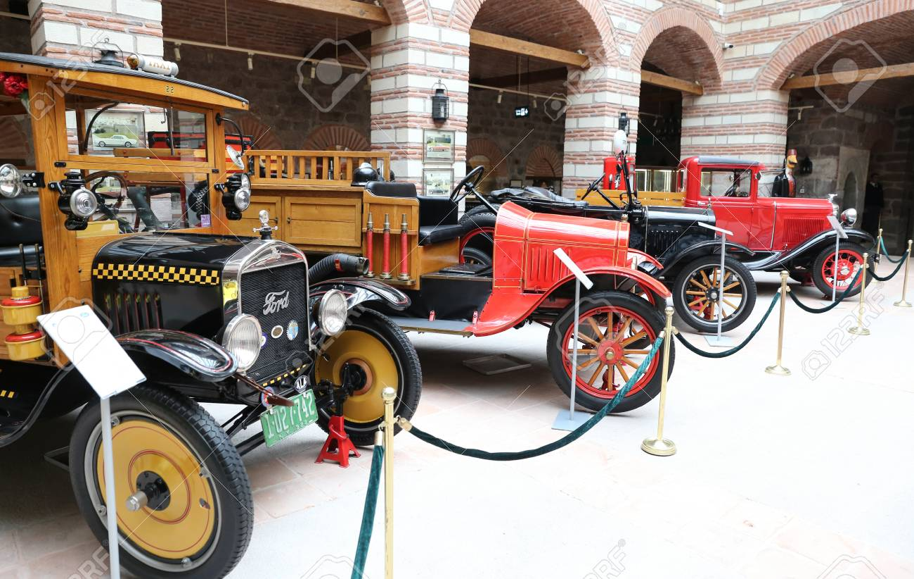 ANKARA, TURKEY - OCTOBER 23, 2016: Antique Cars In Ankara Rahmi ...