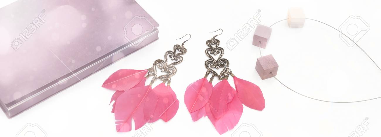 Резултат со слика за photoos of  pink earings women