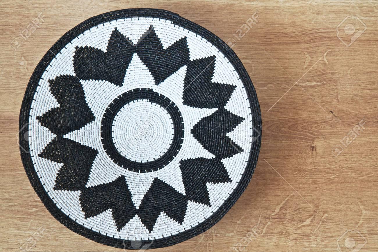 Diseño Decorativo Realizados Por Artesanos Africanos Con Espacio Para Texto