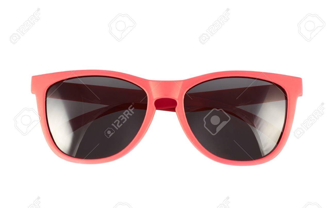 comment avoir info pour chaussures élégantes Lunettes de soleil rouge isolé sur le fond blanc
