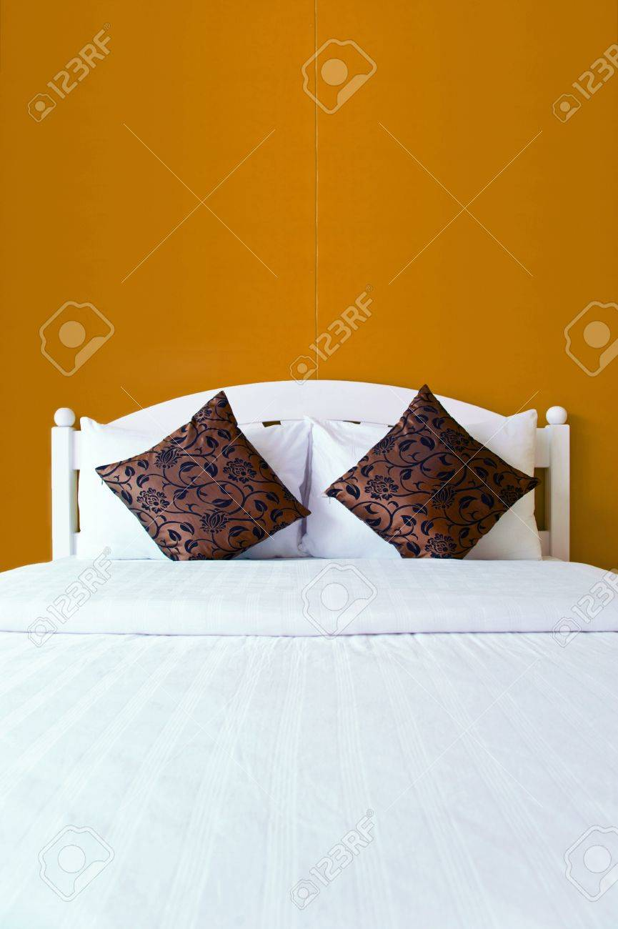 Brown bedroom in a modern house - home interiors Stock Photo - 12828758