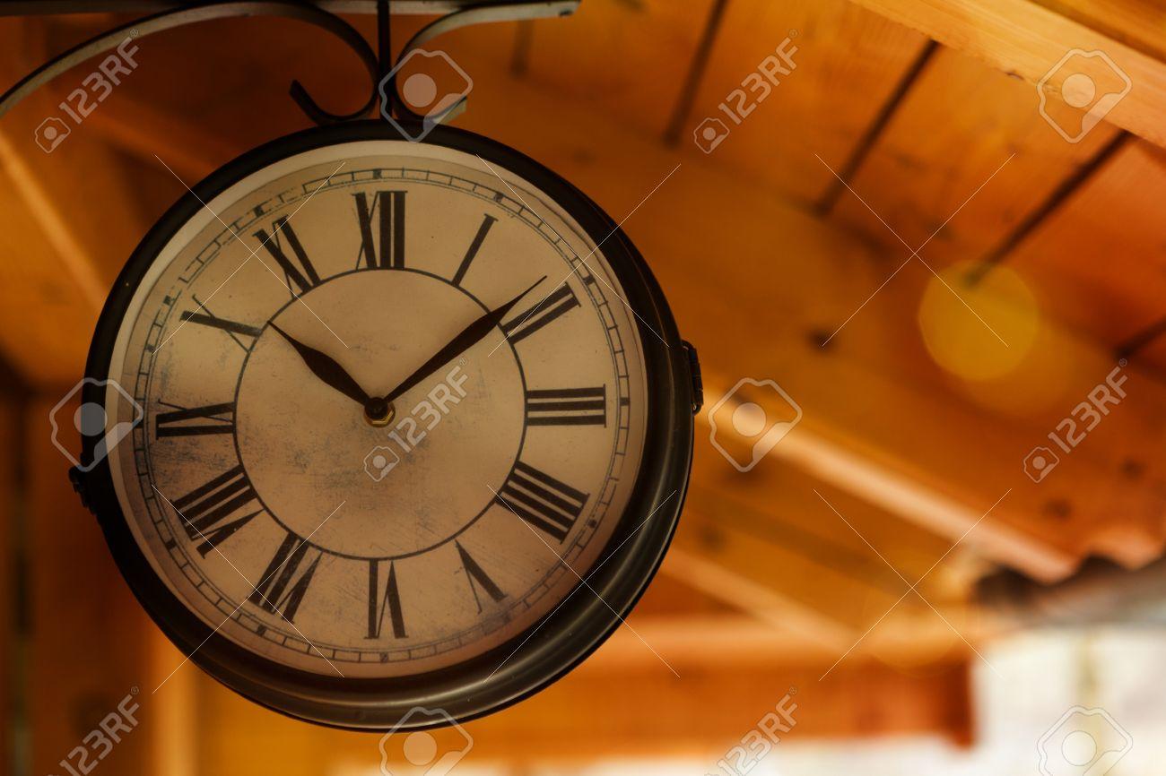 orologio stazione vintage