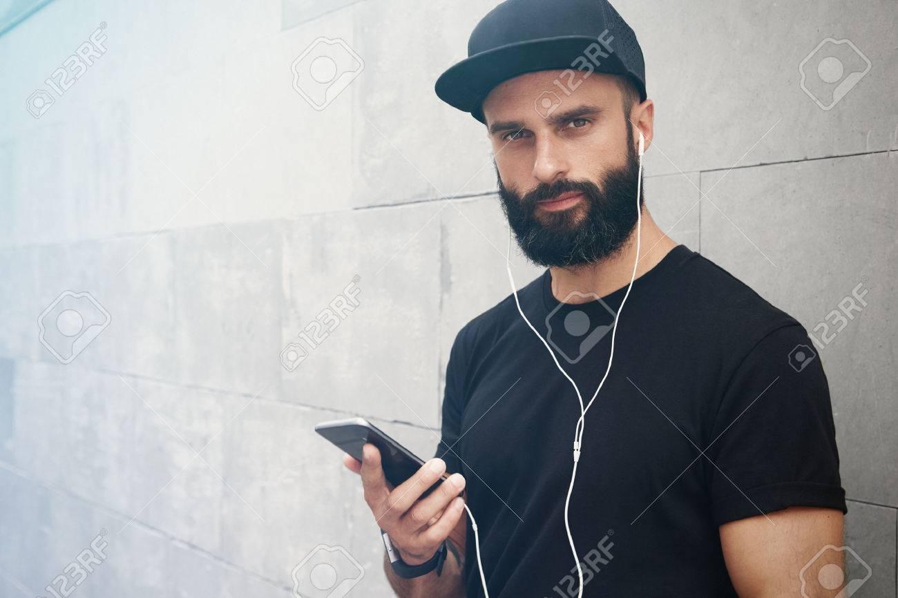 68cf0fa7cd7 Bearded Muscular Man Wearing Black Tshirt Blank Snapback Cap Summer Time.Young  Men Smiling Opposite