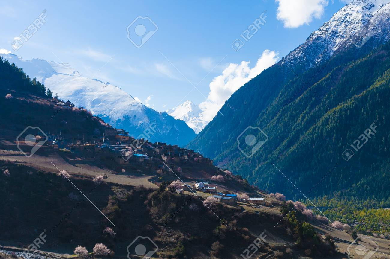 Landscape Himalays Mountains Spring.Asia Nature Morning Viewpoint.Mountain Trekking,View Village .Horizontal picture. Hikking Sport Activity Stock Photo - 63727126
