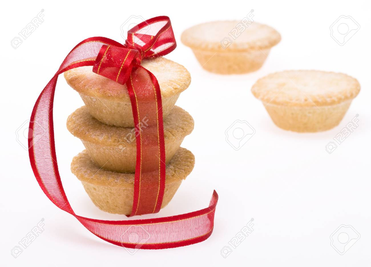 Traditional Christmas fruit mince pies isolated on white background Stock Photo - 6112809