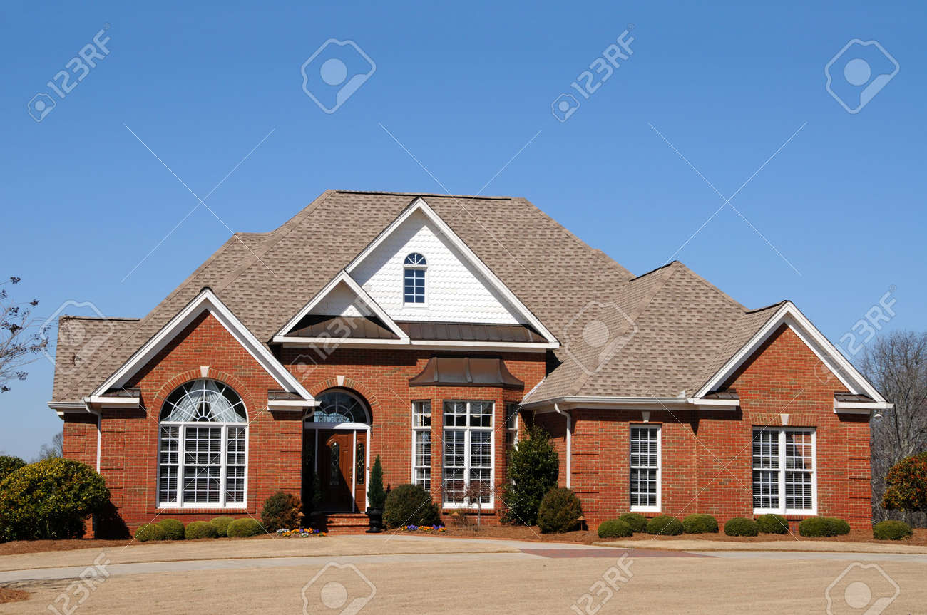 Large New Luxury Home Stock Photo - 4384576