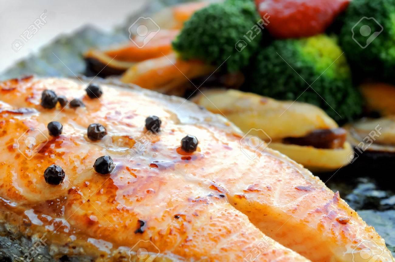 Australian Salmon Fillet Steak Grilled With New Zealand Mussels Salad Stock  Photo 25445636 Australian Salmon Fillet How