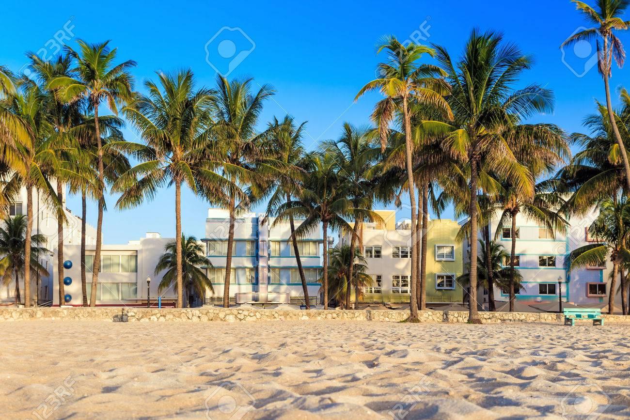 Miami Beach Florida Hotels And Restaurants On Ocean Drive World
