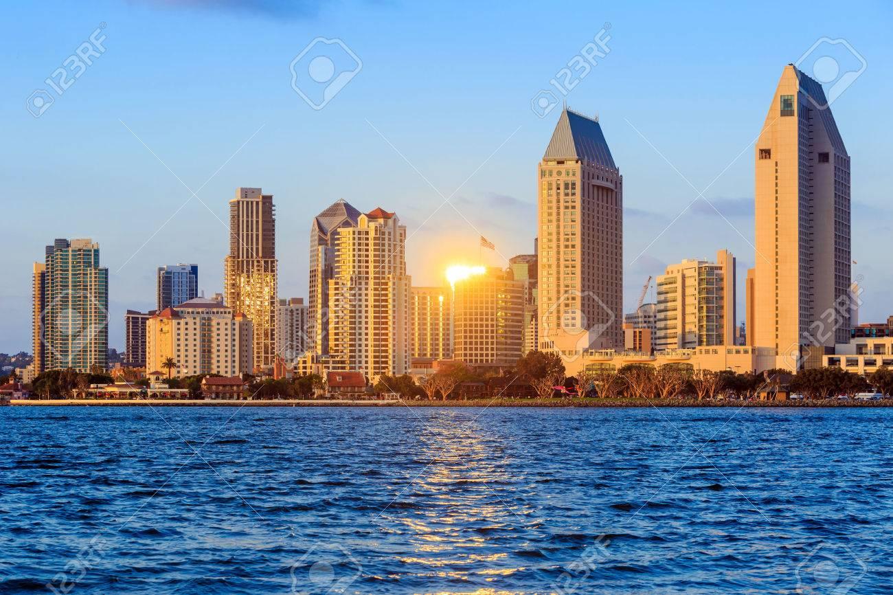 San Diego skyline at sunset, CA - 39354674