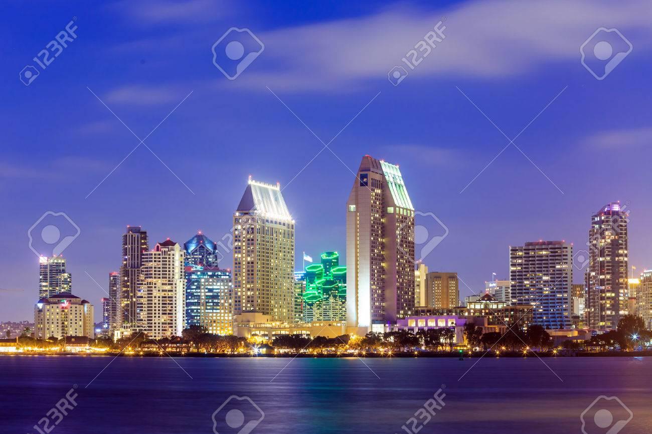 San Diego skyline at sunset, CA Stock Photo - 39354685