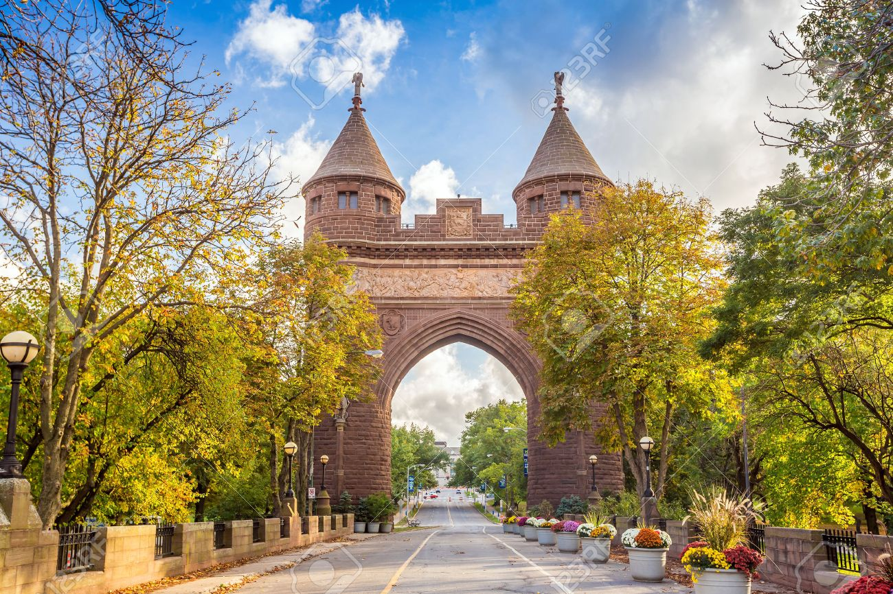Soldiers and Sailors Memorial Arch in Hartford, Connecticut commemorating the Civil War. Stock Photo - 39569457
