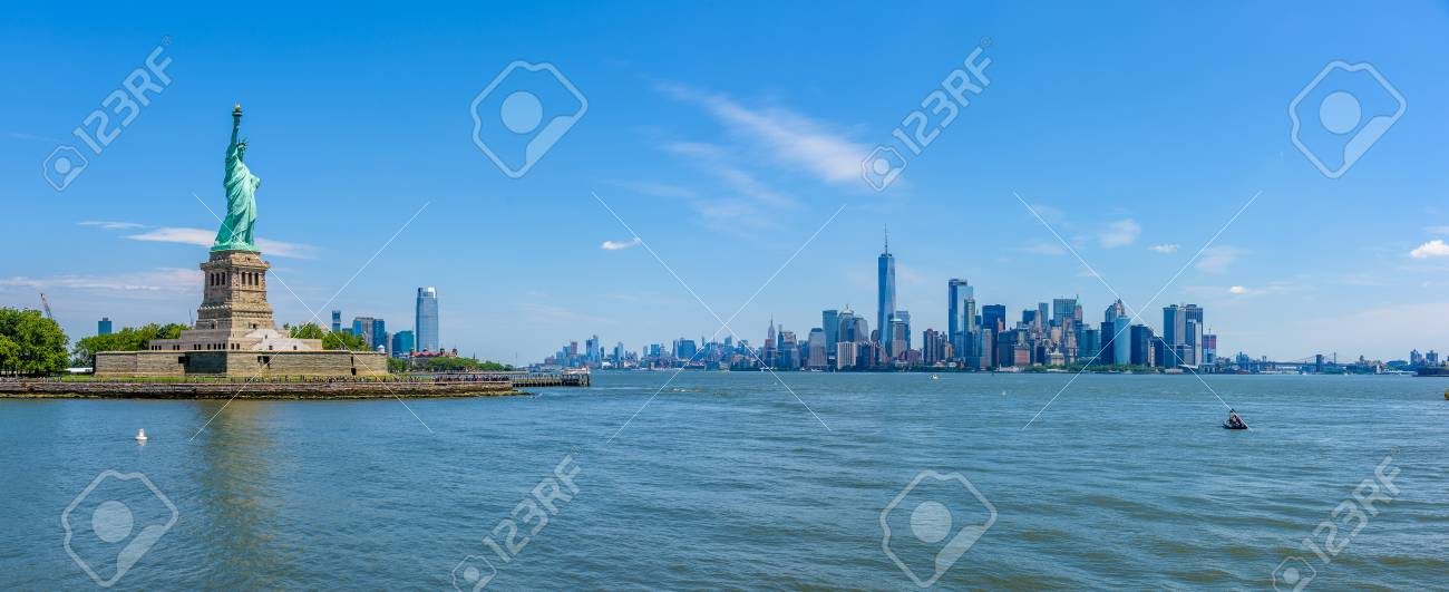 View of the skyline of Lower Manhattan from the Upper Bay - 93232085