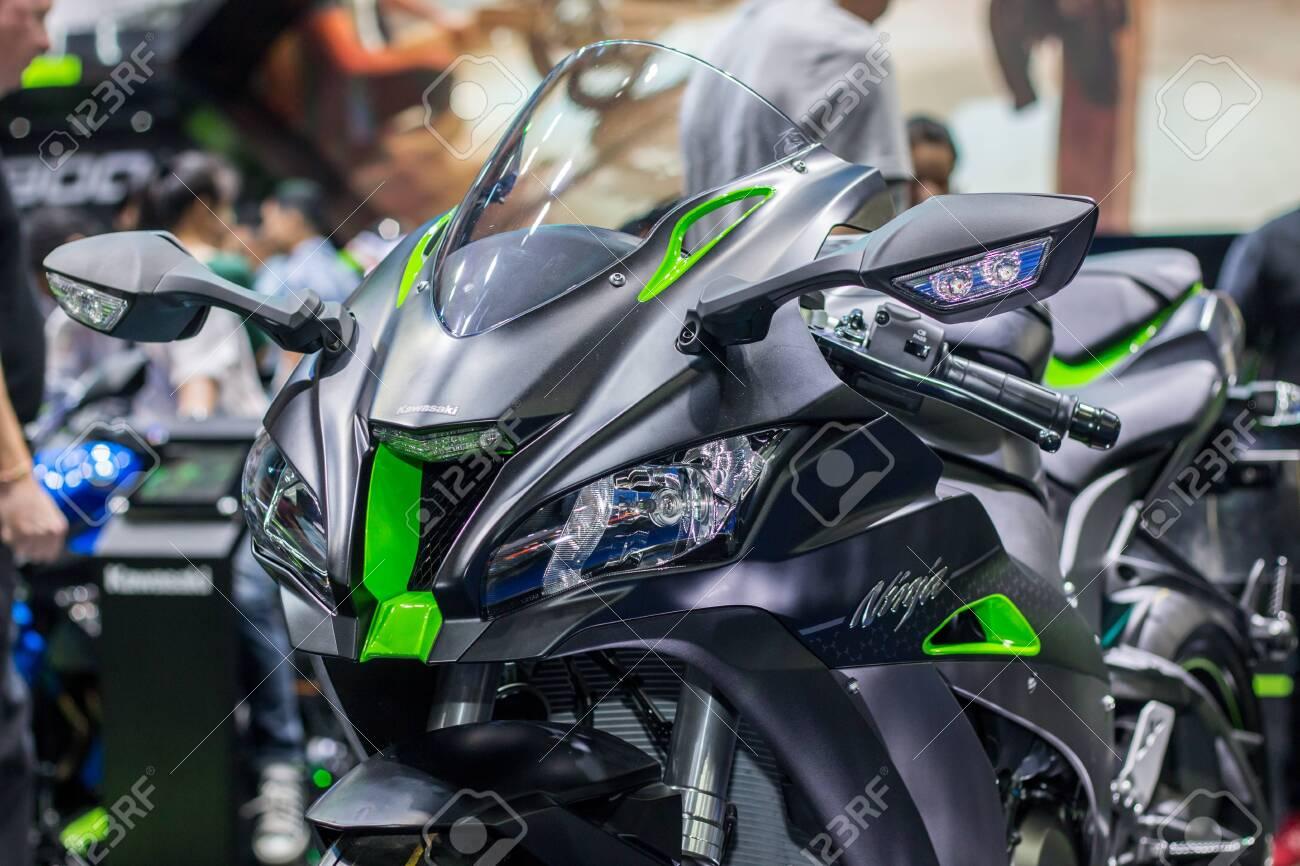 Nonthaburi Thailand April 7 2018 Kawasaki Ninja Zx 10r
