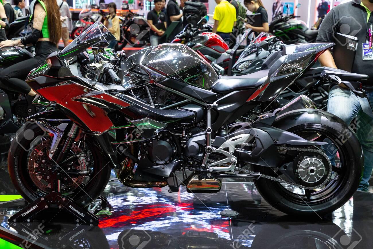 Nonthaburi Thailand April 3 2019 Close Up Body Of Kawasaki