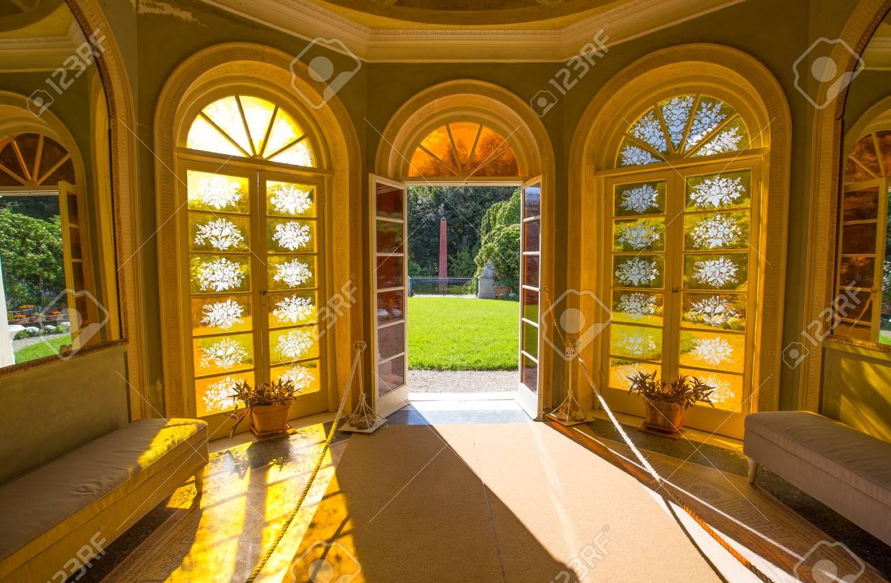 Flora Gardens, Inside, In Villa Durazzo - Pallavicini In Genoa ...
