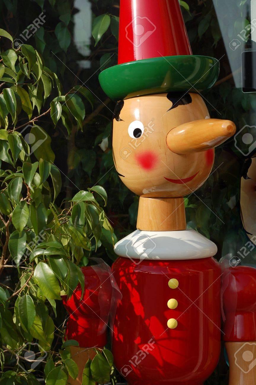 ピノキオ の 鼻 は なぜ 長い