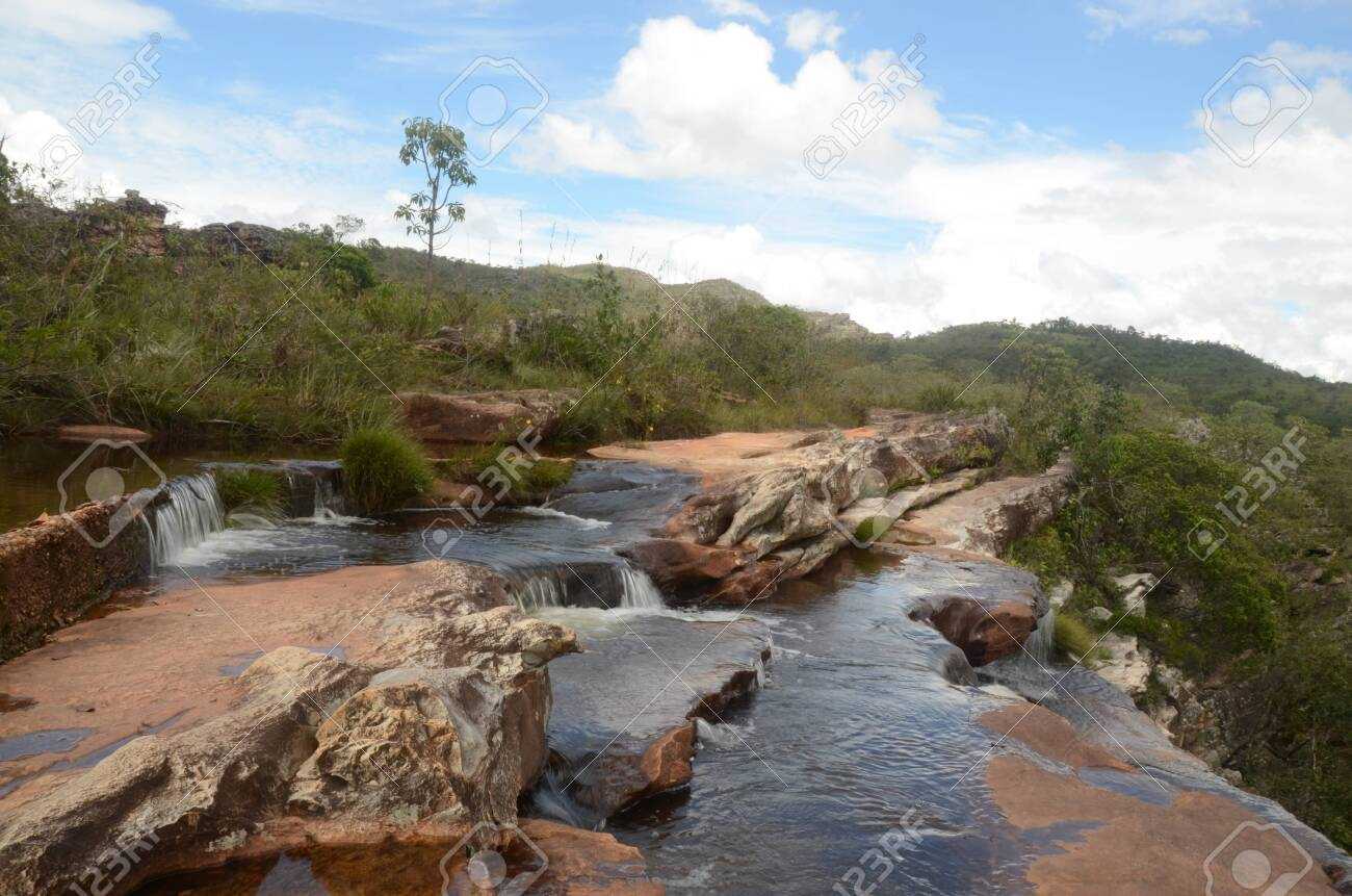 Top of Waterfall in Milho Verde in the state of Minas Gerais called Cachoeira do Moinho (translated to Watermill Waterfall) - 151845928