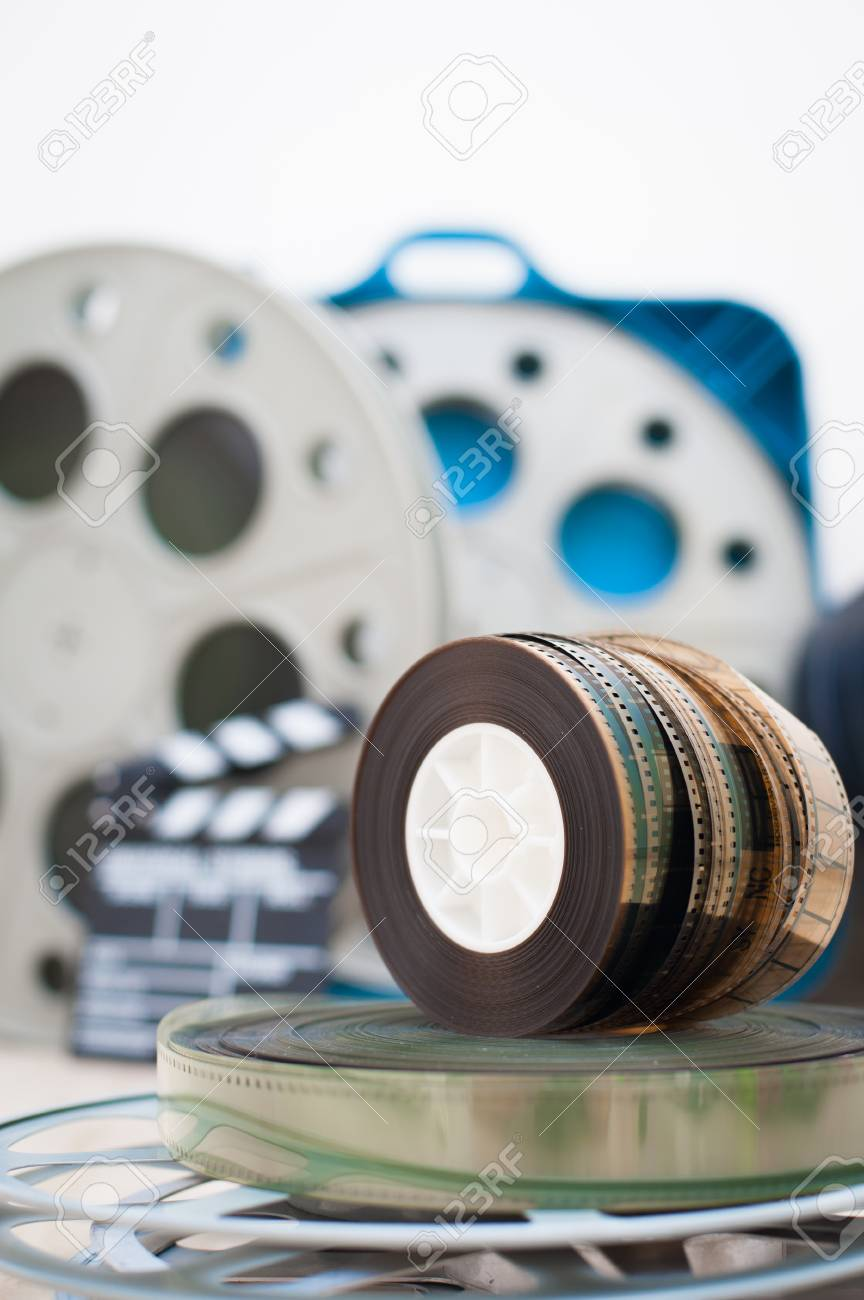 Haufen Der Alten 35-mm-Film-Rollen Mit Der Fokus Klöppel Und Boxen ...
