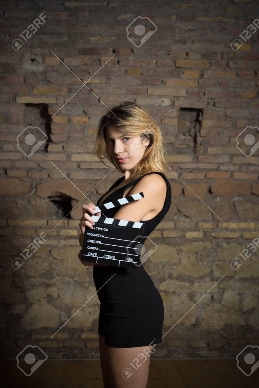 junge blonde schauspielerin