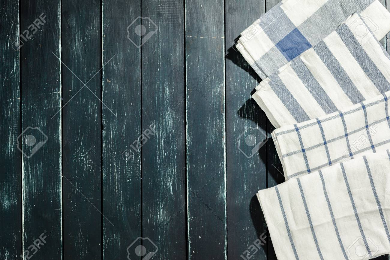 tablecloth on black wooden table - 86149198