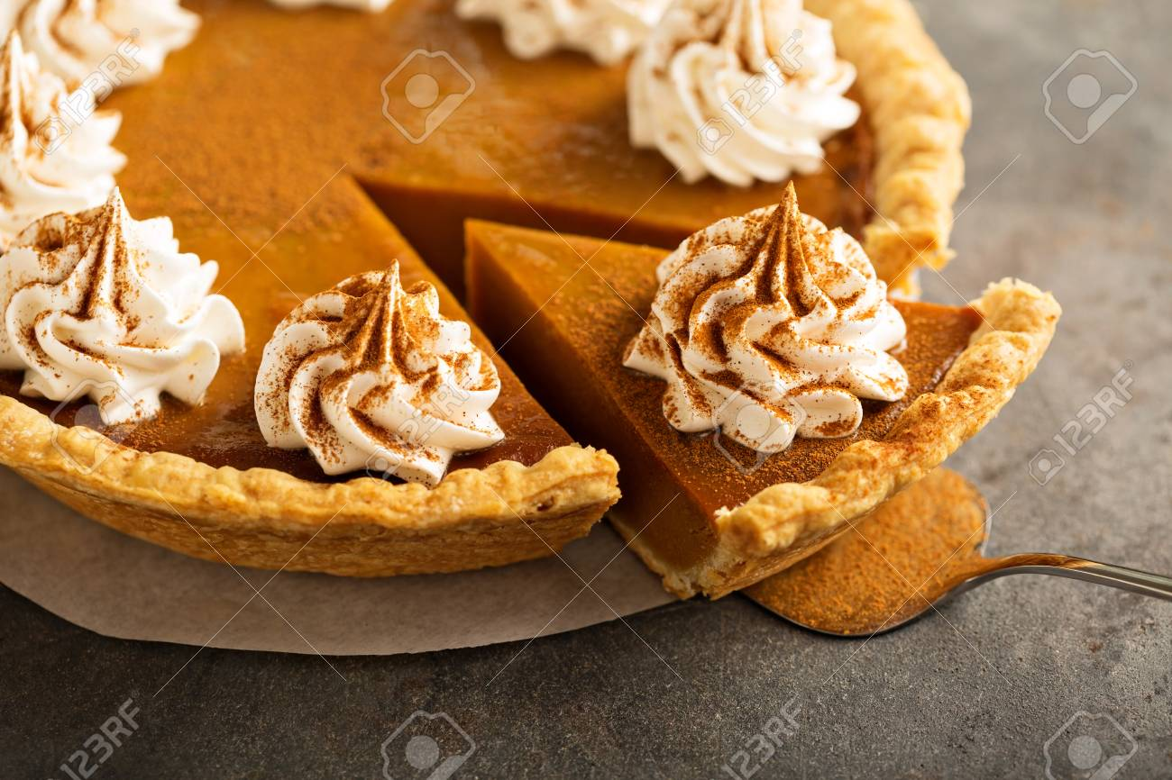 Pumpkin pie with whipped cream - 88127836