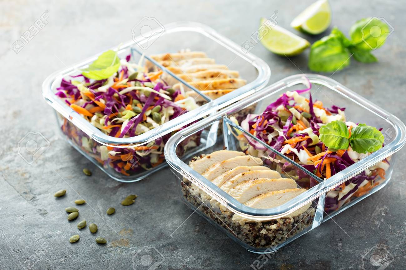 Healthy meal prep containers with quinoa and chicken - 94540710