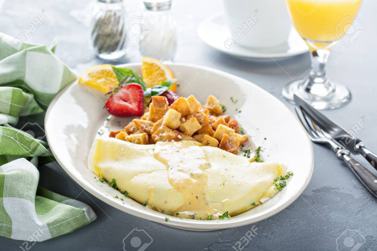 Crab omelette with potatoes for breakfast - 107981982