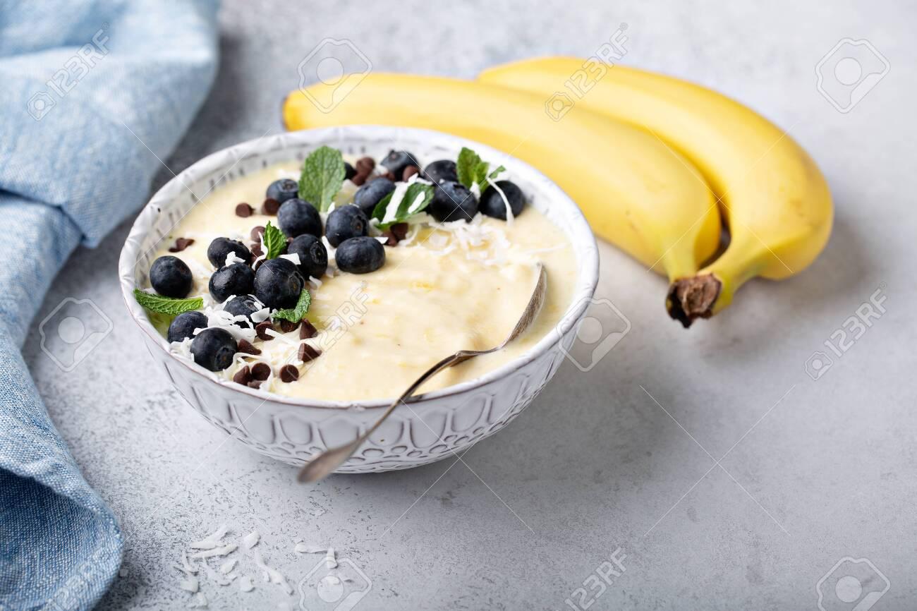 Banana nice cream or smoothie - 122995594