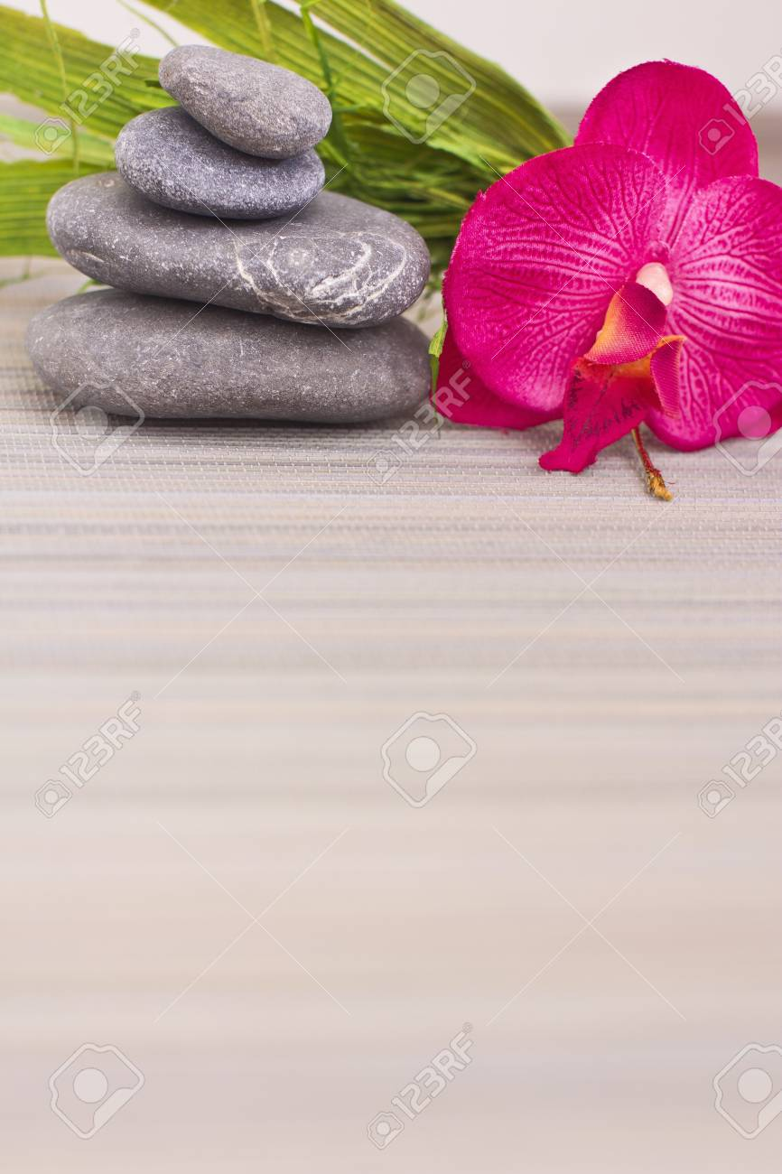 objects for spa massage and aromatherapy Stock Photo - 15995793