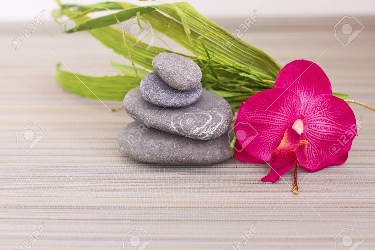 objects for spa massage and aromatherapy Stock Photo - 15995876
