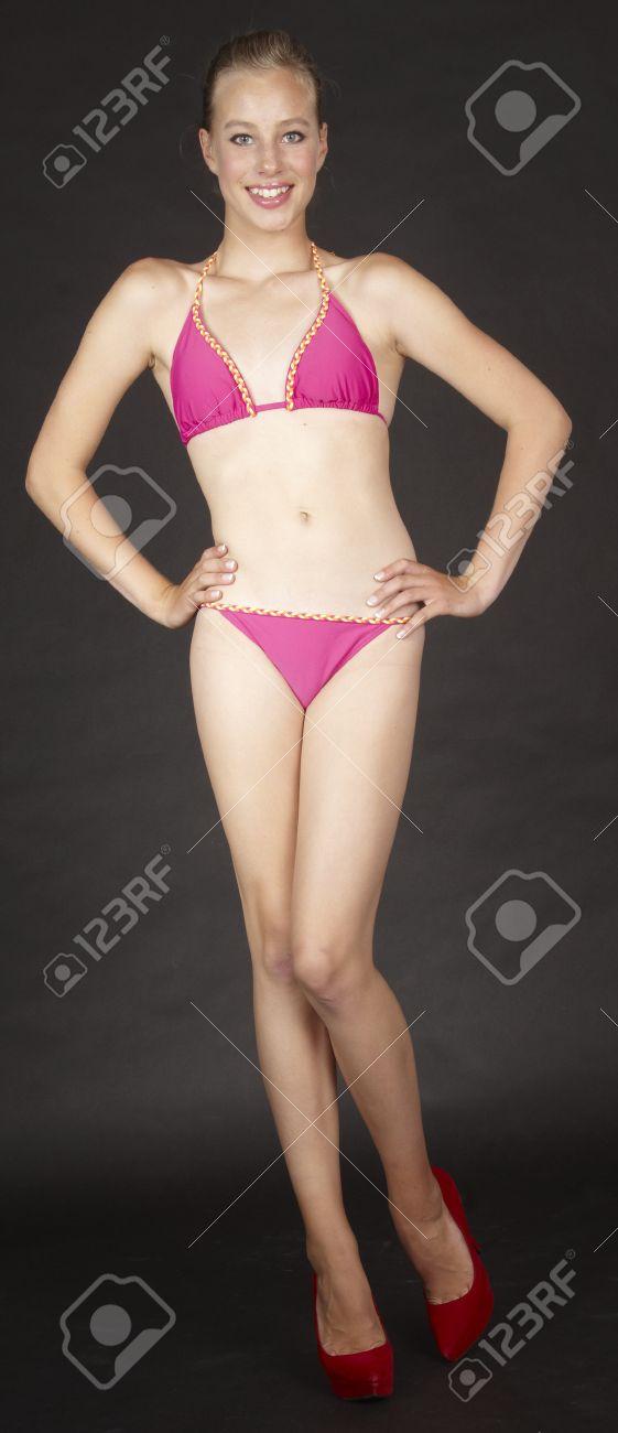 Dark girl in clubs fucking