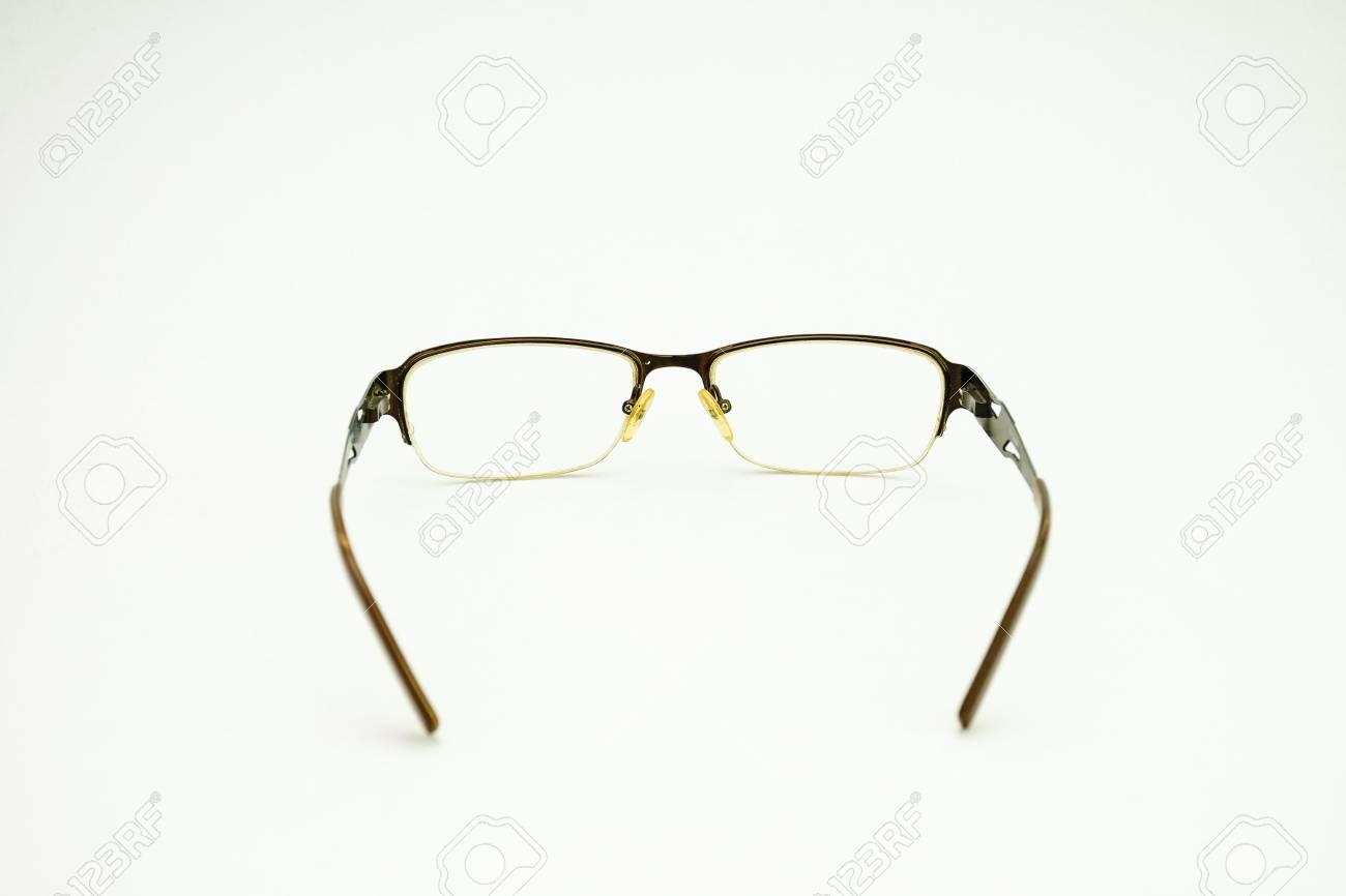 d8cfe61c548329 Bril geïsoleerd op witte achtergrond Stockfoto - 55114085