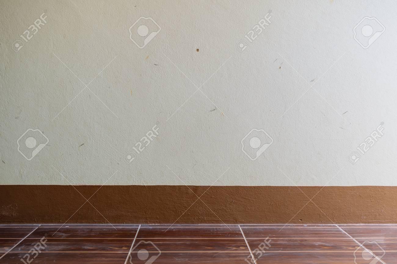 Standard Bild   Wandfarbe Braun Und Weiß