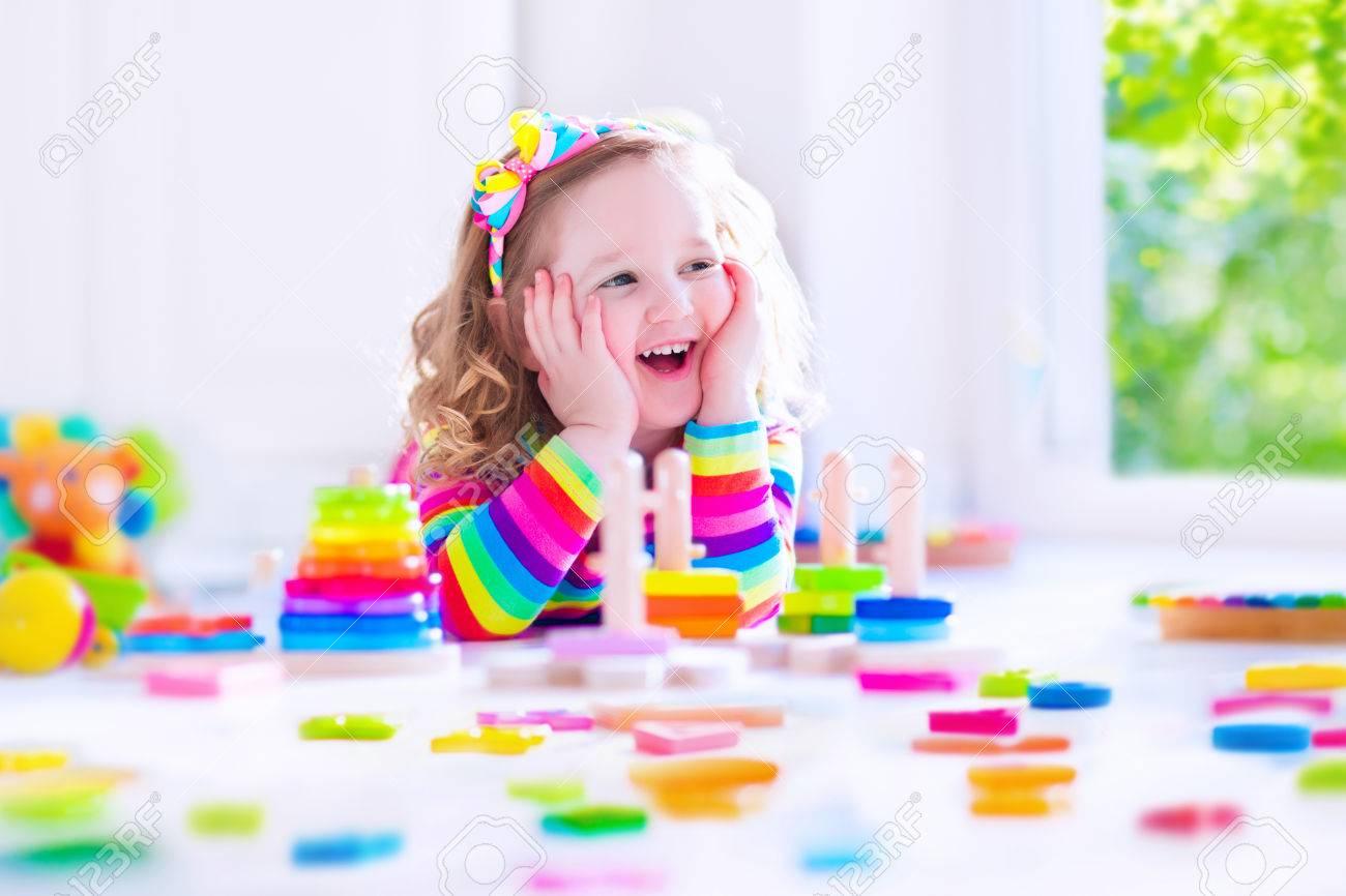 Kindergartner Playing Toy Blocksbambini Kid With Colorful 0XO8nwPk