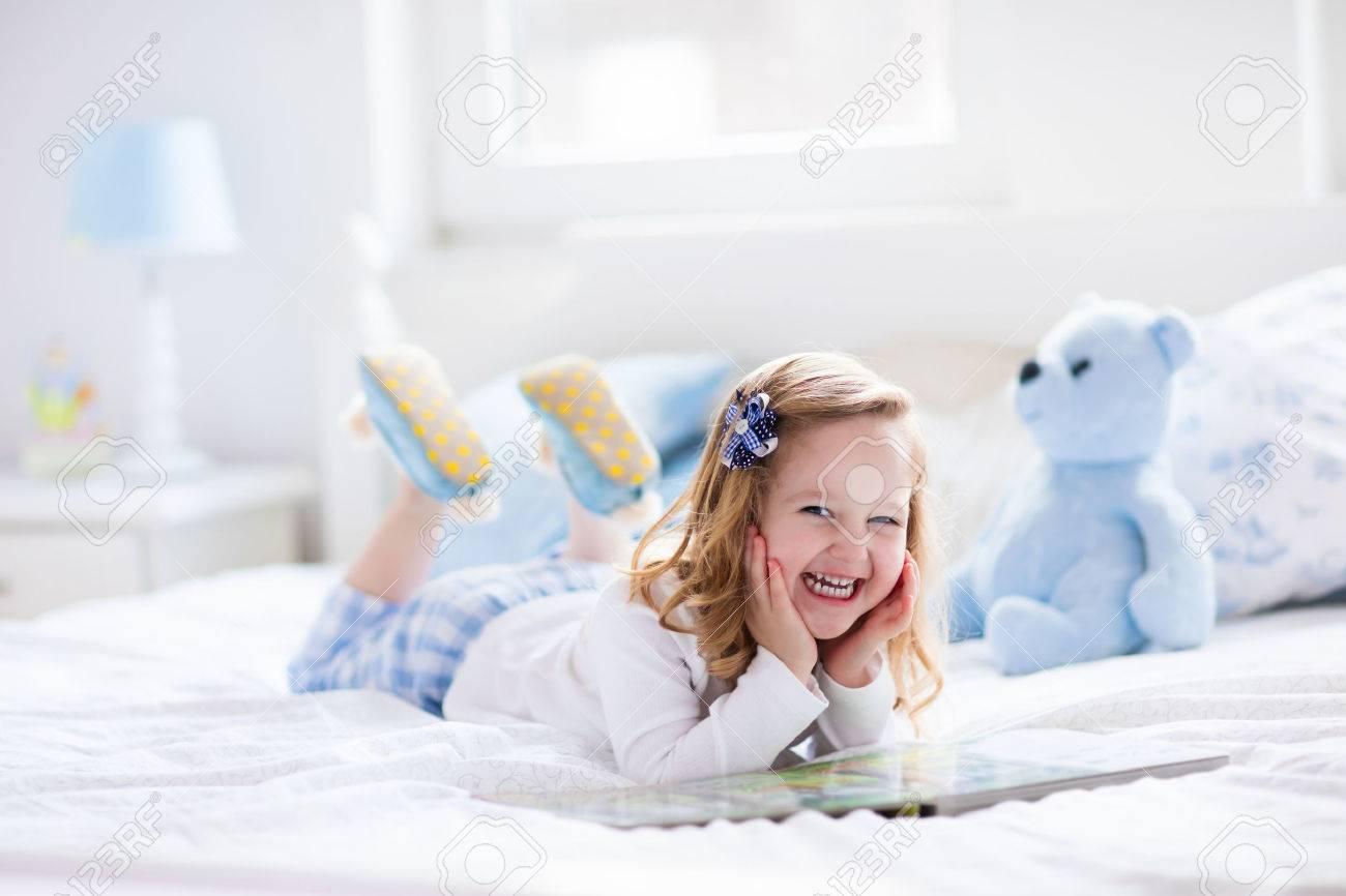veselje na otroški postelji