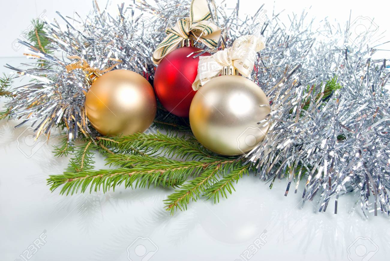 Weihnachten Spielzeug Auf Den Hintergrund Der Niederlassungen Felle ...