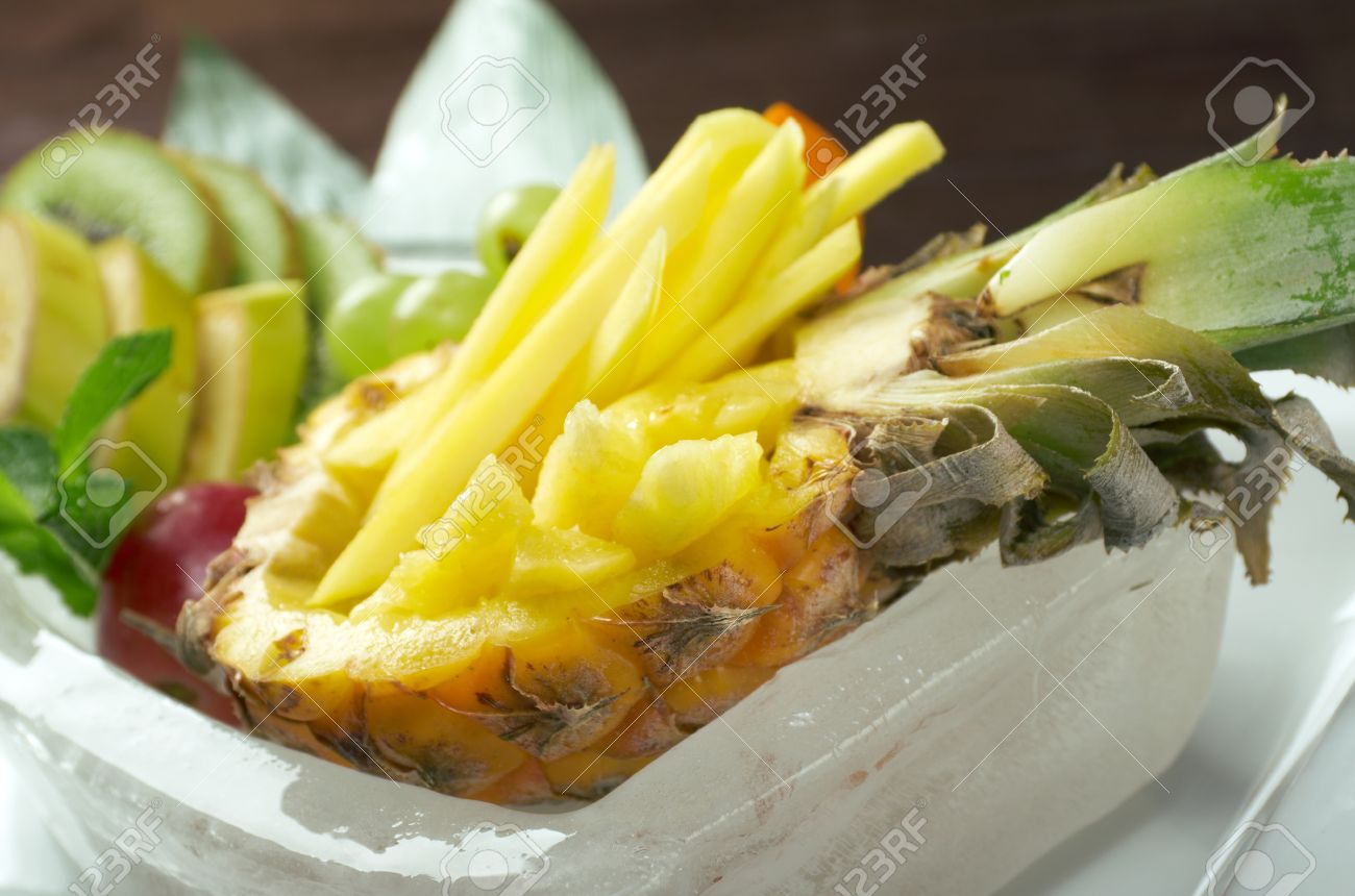 Salad whit tropical fruit and vegetables.chinese cuisine Stock Photo - 15112106