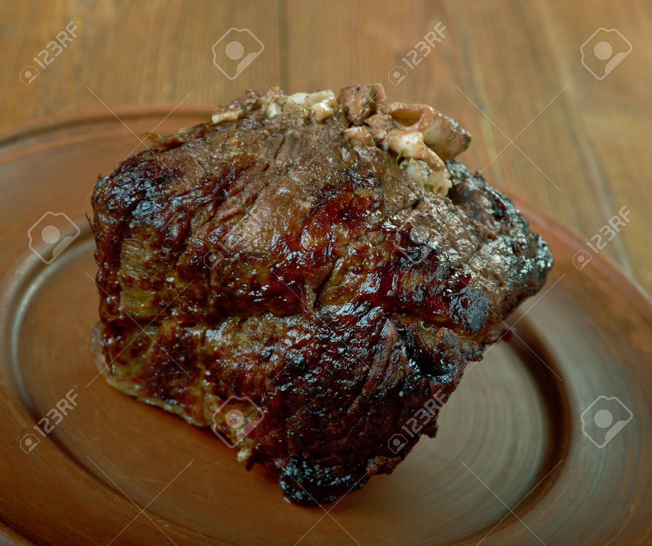 Carpet Bag Steak Australian or American derivation, popular in Australia and New Zealand, classic