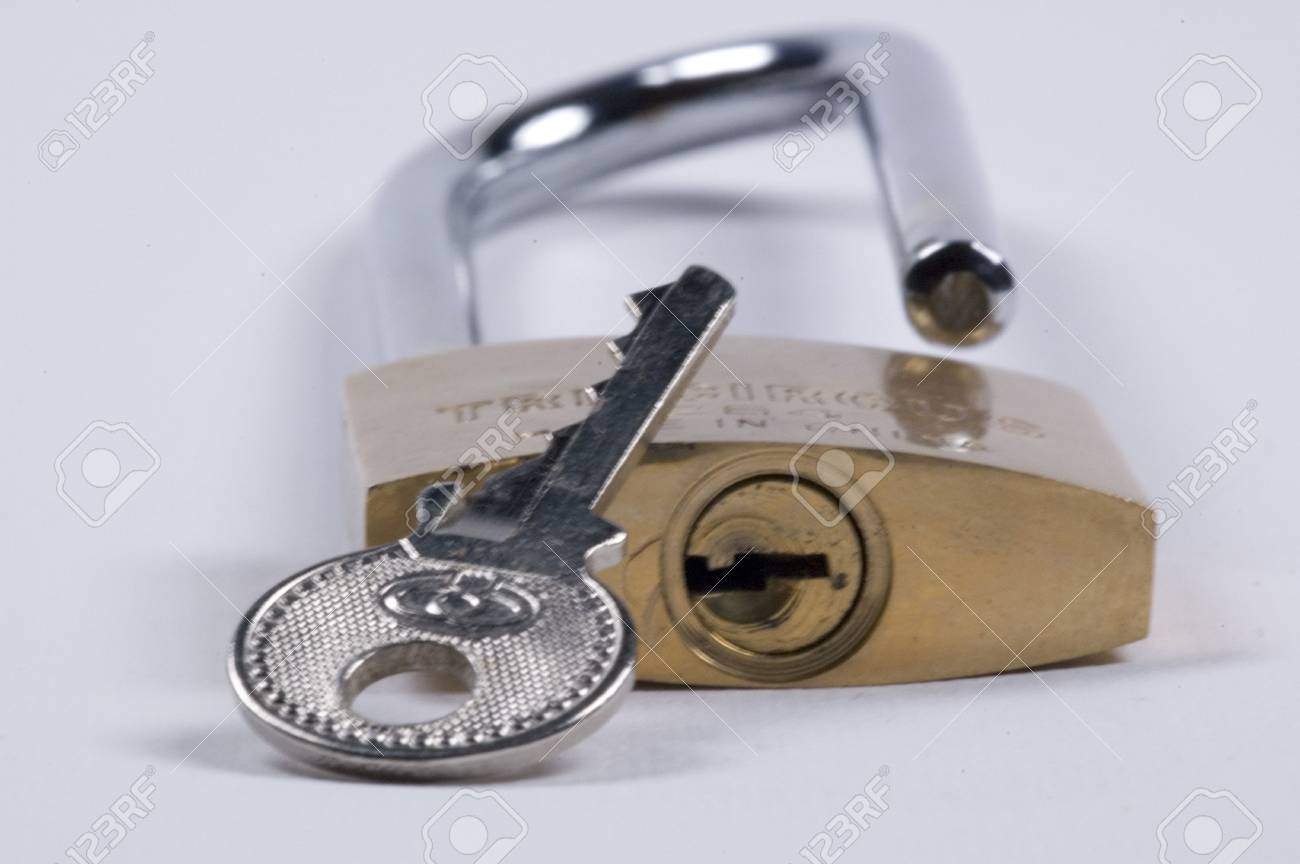 padlock complete with key Stock Photo - 626515